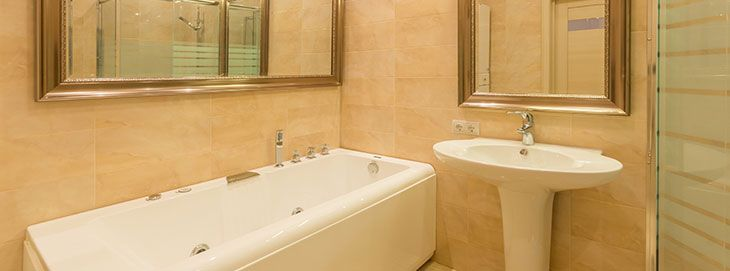 Having A Leaking Bathtub Is More Than Just Annoying, Itu0027s Wasteful And Can  Be Expensive.